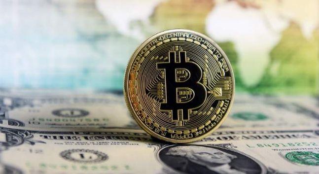 rceni - bitcoin amenaza para el dolar-