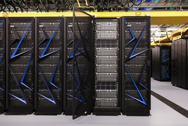 rceni -Summit -supercomputadora-mas-veloz-del-mundo