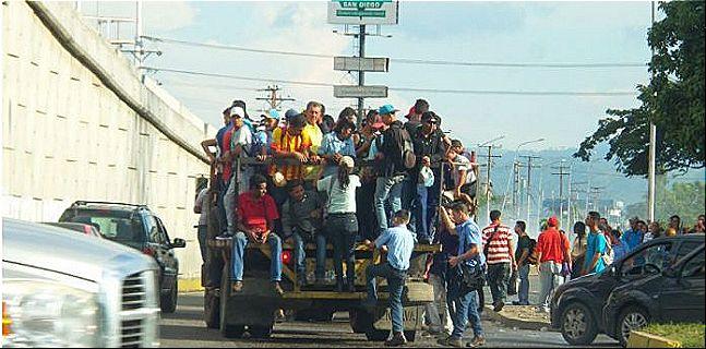 rceni -Colapso total del transporte - en - Venezuela