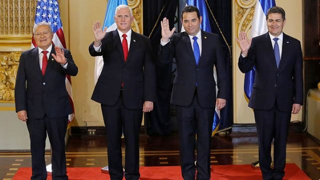 rceni - mike pence llegó a guatemala -se-reunio-con-jefes-triangulo-norte