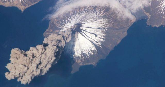rceni - Volcán Cleveland -Alaska-inminente-erupcion-