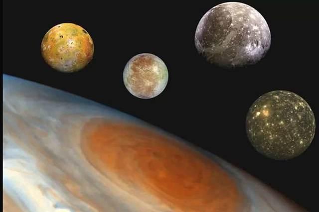 12 nuevas lunas de Júpiter son descubiertas una está en curso de colisión