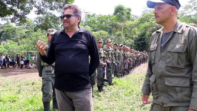 rceni - Iván Márquez -excomandante -guerrillero- renuncia- al -Congreso- de -Colombia-