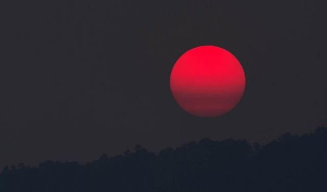 rceni - Luna de sangre mayor eclipse -del- siglo- XXI -¿Por- es- tan -especial-