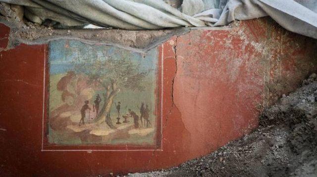 rceni- Casa de Júpiter -en -Pompeya -con- pinturas-intactas-intactas-es-descubierta-