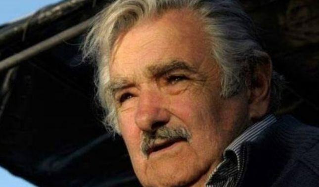 rceni - necesidad de vivir tan desesperados -jose mujica.advierte-del-holocauto-ecologico-de-la-sociedad-de-consumo.