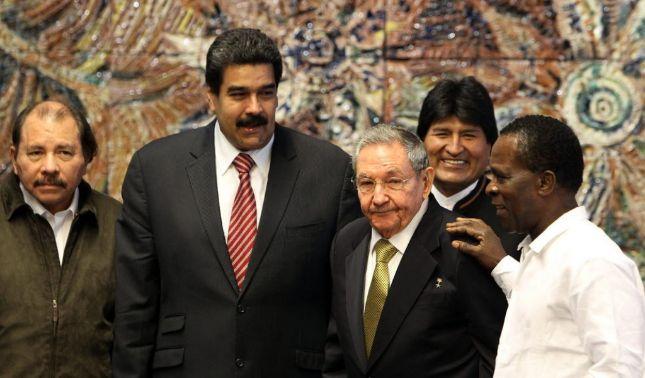 rceni - clase política -las-tres-dictaduras-por-fernando-mires-