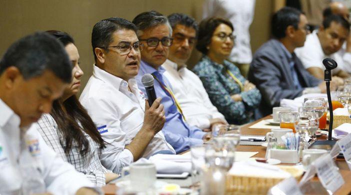 Honduras : Comienza nueva etapa del turismo y la economía