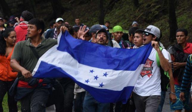 rceni - Otra nueva caravana - migrante- surge -en -El -Salvador -parten -rumbo -a -EU-