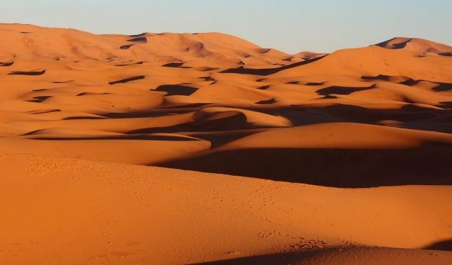 rceni - Hidrogel -crean- dispositivo -capaz -de -producir -agua- del- aire -del -desierto-