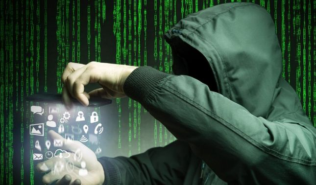 rceni - Mayor hackeo- de -la -historia- expone -más- de -770 -millones- de -correos-