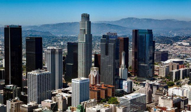 rceni - Ovni sobre Los Ángeles- o -fueron -maniobras -militares-