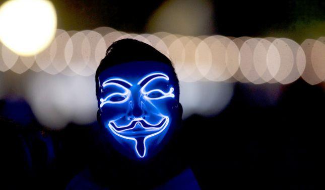 rceni - Anonymous advierte - a --EE.UU- y- U.K -Liberen- a -Assange- o -lo -pagarán -