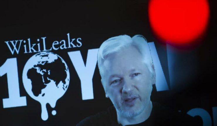 rceni - Wikileaks-Assange - ha -recibido -más -donaciones -en- Bitcoin- que -Notre Dame-
