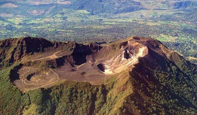rceni - Cinturón de fuego en Centroamérica- -impresionante-pase- por- sus- volcanes-