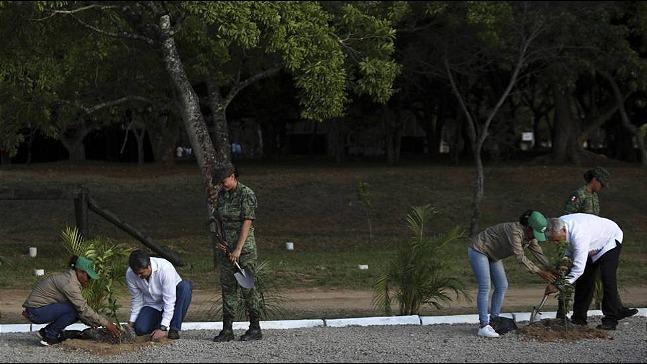 rceni - Sembrando vidas Honduras -Mexico- ofrece- 30- millones- de- dolares-