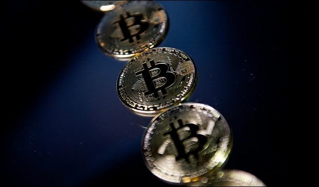 rceni - Bitcoin repunta -3 -factores -macroeconómicos -hacen- que -este -USD- 12,000-