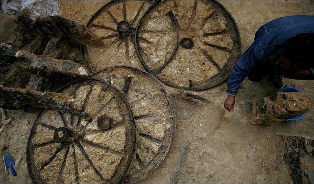 rceni - Carruaje romano - de- 1.800 -años -de- antiguedad- es- hallado-