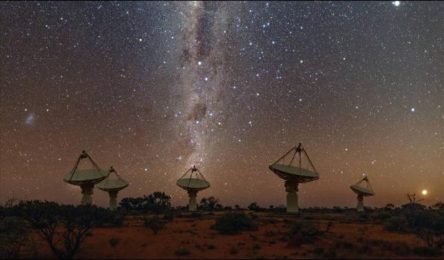 rceni - Tres señales del espacio -llegan- casi -simultáneas -cientificos -buscan -origen-