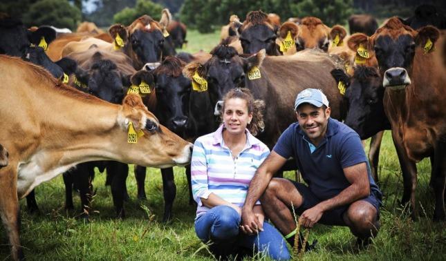 rceni - Pareja venezolana -gana -premio- por- excelencia- láctea -en -Australia-