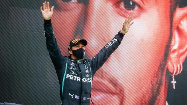 rceni - Hamilton - gana- su -séptimo- título- de- F1- e -iguala -el- récord -de- Schumacher-