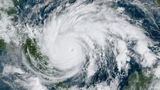 rceni - Iota -el -mayor- huracán -de- 2020- golpea- con -fuerza -la- costa- en- Nicaragua -