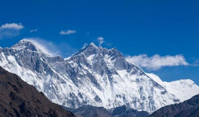 rceni - El monte Everest - China -y- Nepal-lo- volvieron- a- medir- ahora- es- mas- alto-
