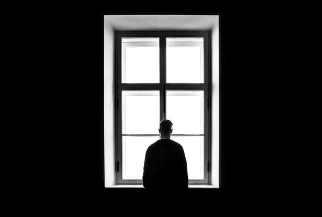 rceni - La soledad - deja -una- marca -en- el -cerebro- y -los -científicos- no- las- explican -