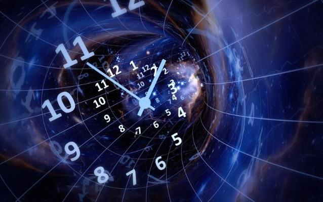 rceni - Viajera del tiempo - asegura -venir -del -año -3780- y -cuenta -aterrador -futuro-