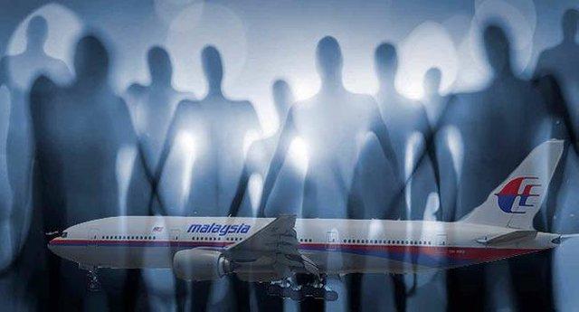 rceni - Vuelo MH370 - de- Malaysia- fue- abducido- por -ovnis- video-