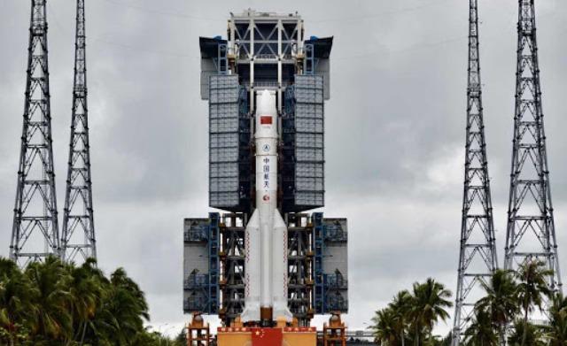rceni - Cohete Long March 5B- de -China -regresa- a -la -tierra -de- forma -incontrolada-
