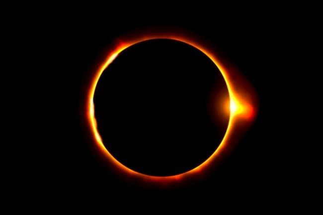 rceni - Eclipse solar anillo de fuego - nasa- publica -video- de -su -paso- en- la- tierra-