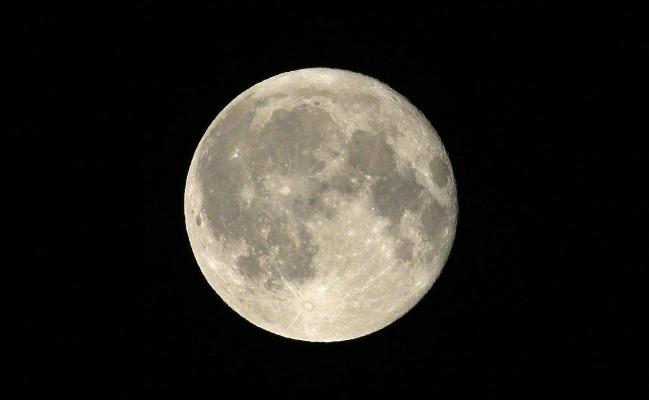 rceni - La radiación solar -provoca- mas- cambios -de -lo -que- se -creia- en -la -luna-